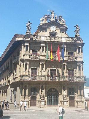 Imagen de la fachada del Ayuntamiento de Pamplona