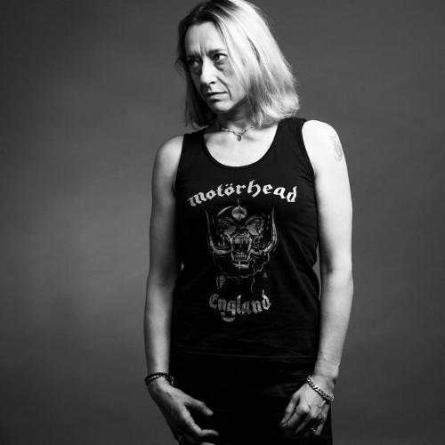 Imagen de la escritora en blanco y negro