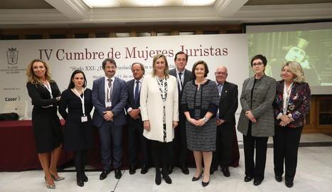 Imagen de la inauguración de la IV Cumbre Mujeres Juristas