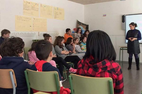 Grupo de asistentes a una de las charlas