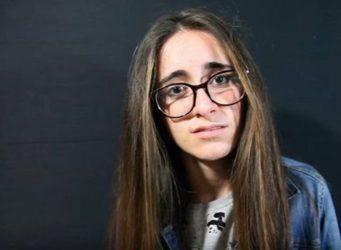 Imagen de Alicia en el vídeo