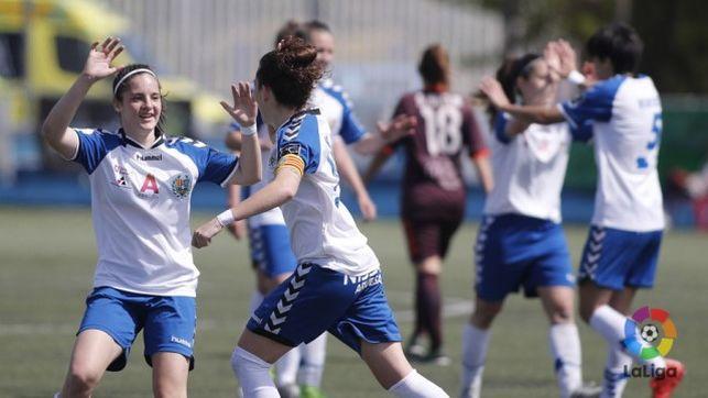 imagen de un equipo de fútbol femenino