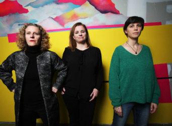Imagen de María Acaso y dos mujeres más
