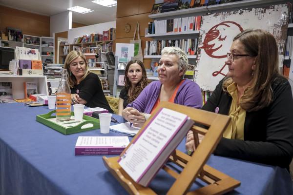 Imagen de la presentación del libro