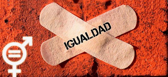 cartel igualdad con dos tiritas cruzadas