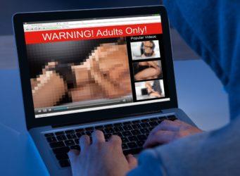 imagen pornográfica pixelada