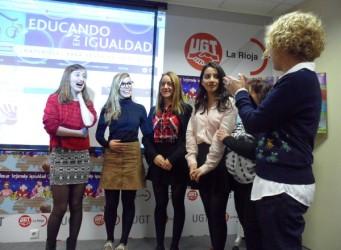 Imagen de las alumnas premiadas