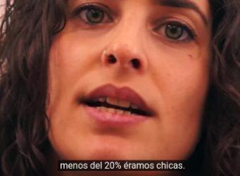 Imagen de una joven del vídeo de ESET