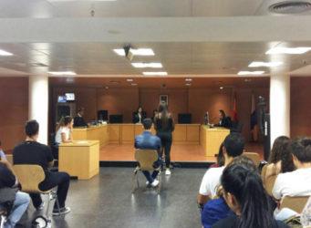 imagen de una sala de juicios